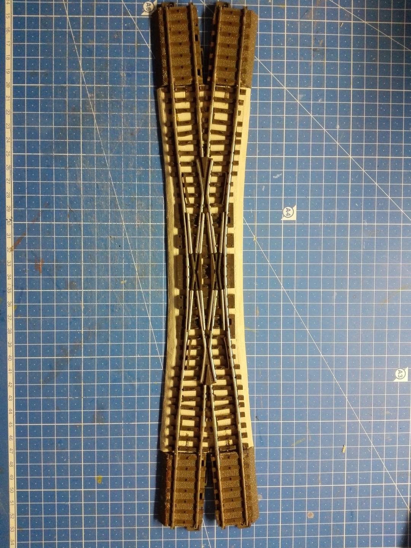 14. Omdat er onder C-rail een bedding zit van 5 mm hoog zullen we dat moeten opvullen onder de nieuwe Engelsman